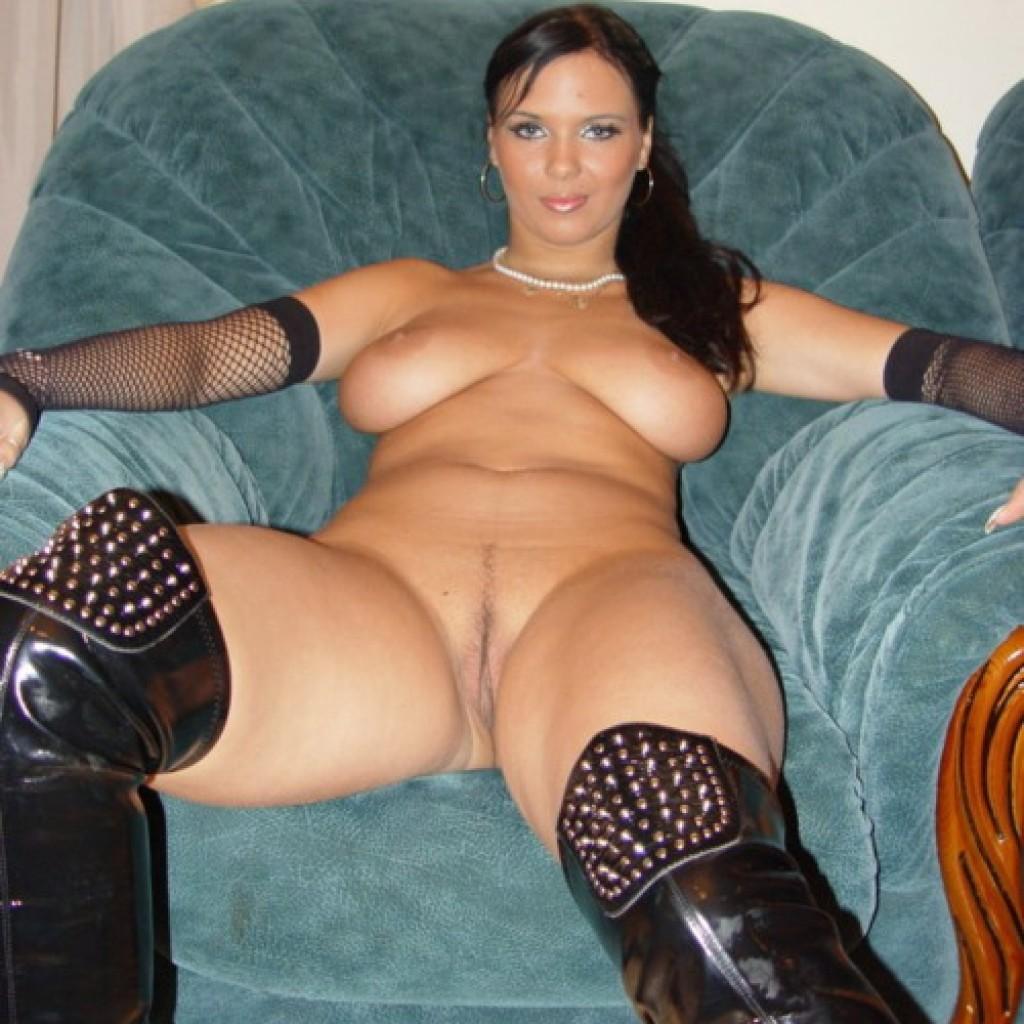 Уникальный ретро секс женщин с мега большими супер сиськами